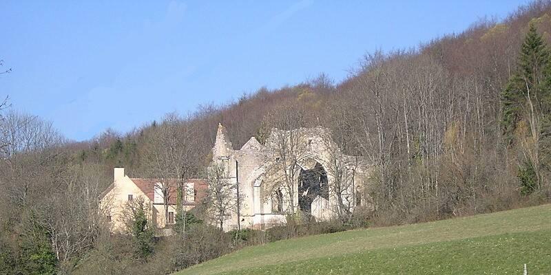 Bouilland -  Sainte Marguerite Abbey © P. Gateau