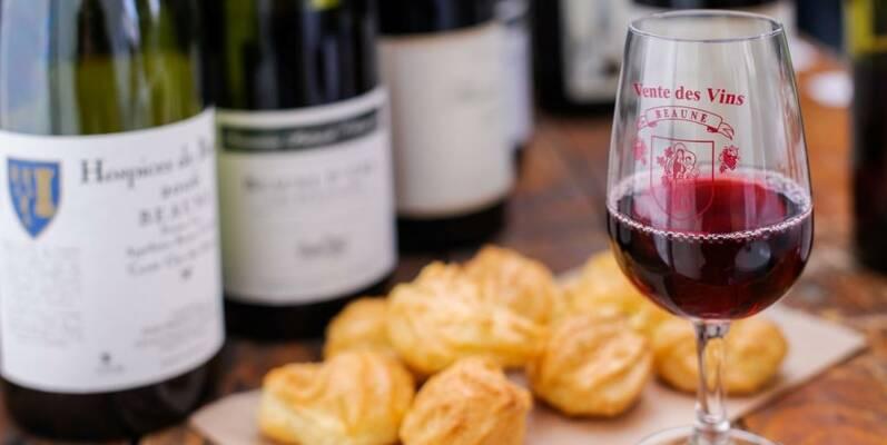 Wijn & Soesjes  ©MichelJoly