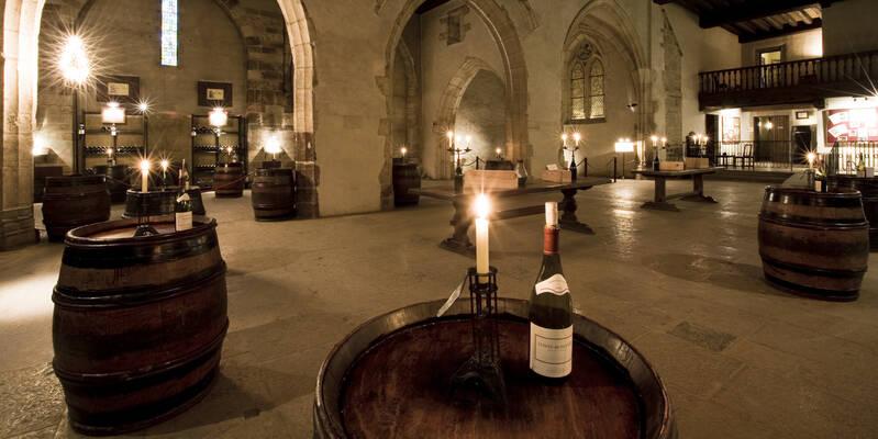 Traditionele verlichting in de wijnkelder