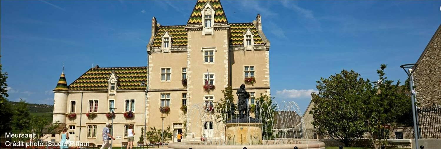 Meursault, Village de la Côte de Beaune, Hôtel de Ville.