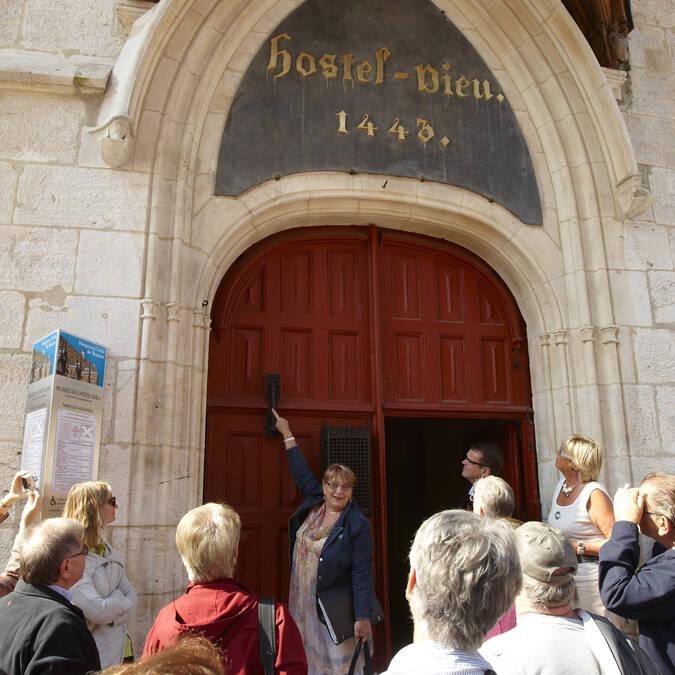 Ingang van het Hôtel-Dieu  Beaune